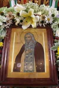 Храмовая икона прп. Серафима Саровского с частицей мощей