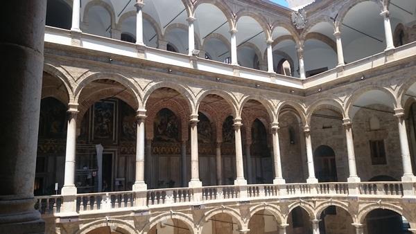 Норманнский дворец внутри, Палермо