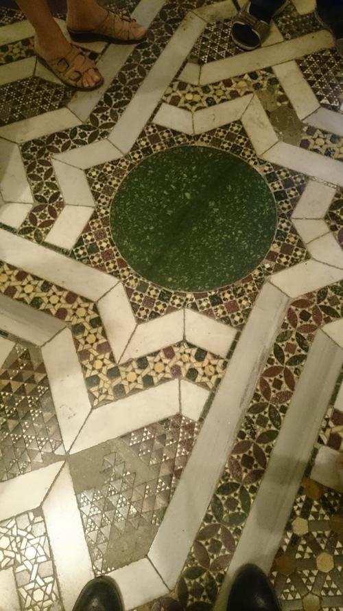 Пол из мозаики, оригинал, 12 век.