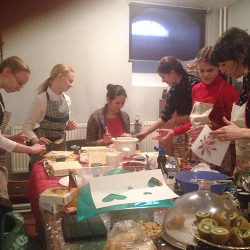10_Мастер-класс по приготовлению тортиков (2)