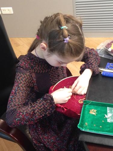 3.1 золотное шитье-работа Ани